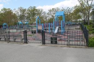 OrchardBeach_Playground