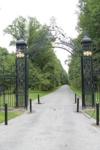 OWG_Entrance